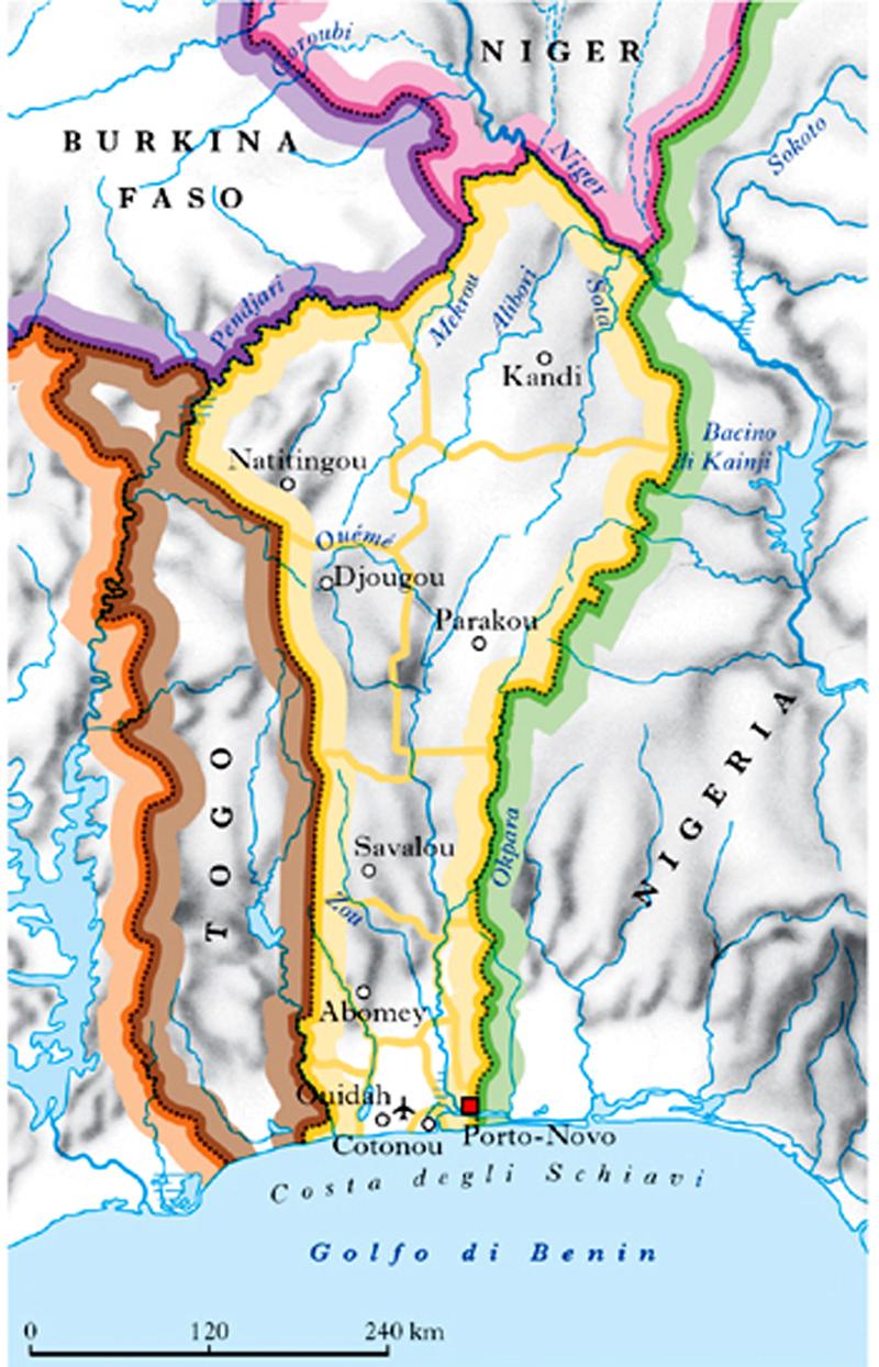 a5e394c710 Il territorio è formato da antichi rilievi che non superano i 700-800 m  s.l.m. e costituiscono la dorsale divisoria tra i bacini nigeriano